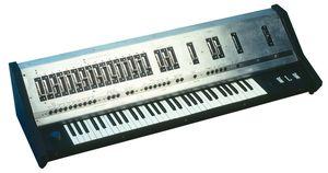 Behringer UB-1 Synthesizer